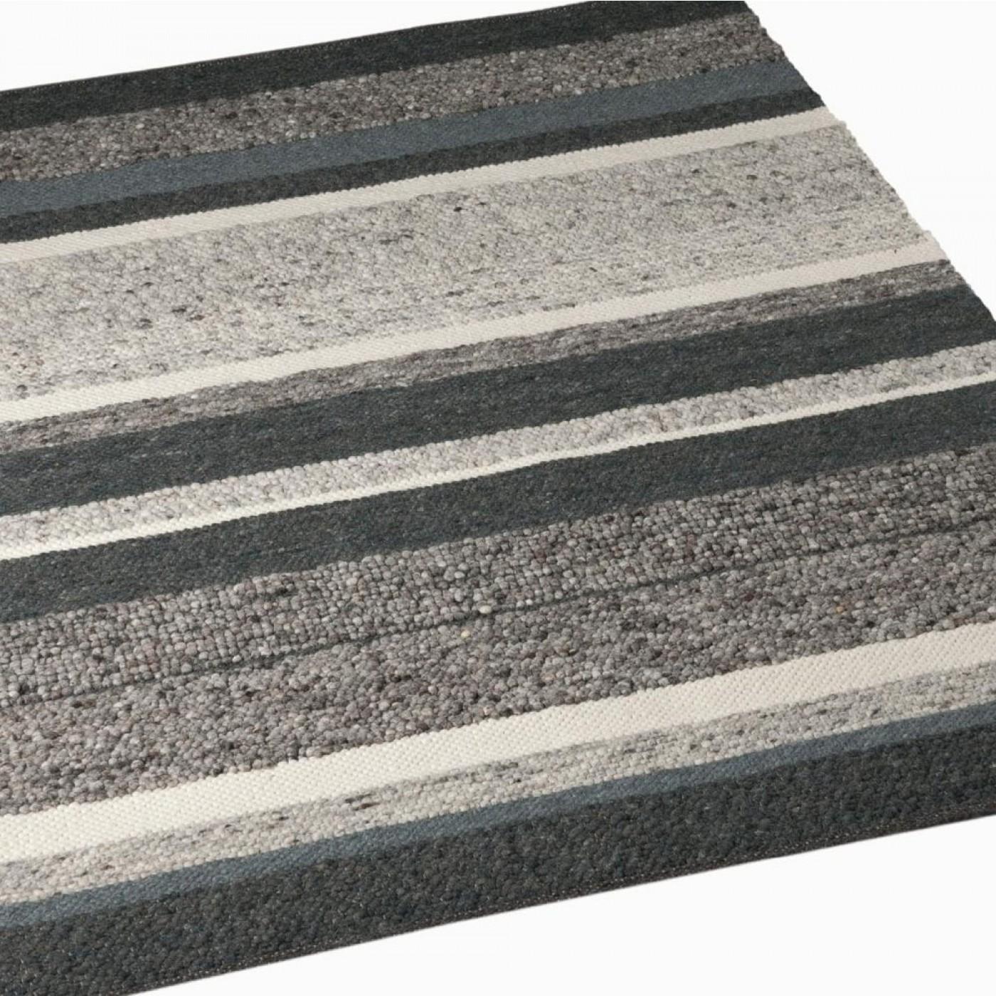 STEP DESIGN A grey